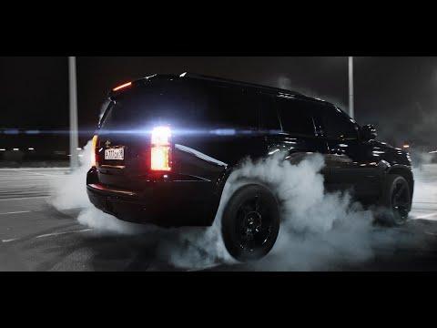 BLACK TAHOE KING OF THE ROAD