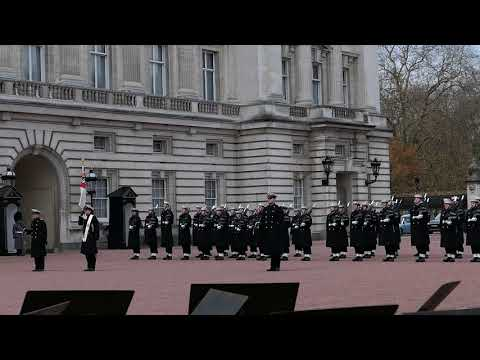 Guard Changing at Buckingham Palace (29th November 2017) 3