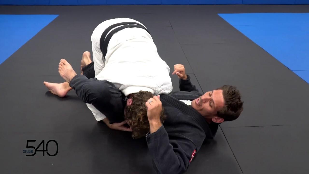 Brazilian Jiu Jitsu: Over Under Pass Defense