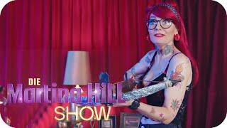 Action Piercing - Jenny Silverstick | Die Martina Hill Show | SAT.1