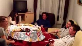 Spaniards sing Czech Happy birthday