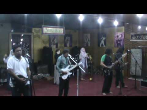 PESAN RELIGIUS  RHOMA IRAMA; Lagu Lima Sesi Latihan