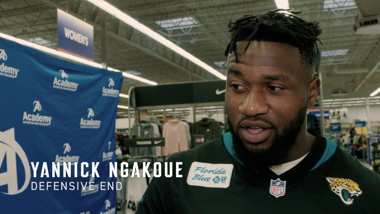 b0133a18b Jacksonville Jaguars Yannick Ngakoue and Myles Jack host back to school  shopping event