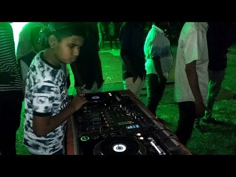 BS10 AUDIO operate small dj boy😵