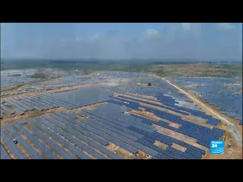 India: France's Macron pledges €700 million for solar projects in developing countries