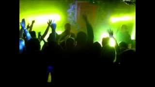 Lord Est - Vuosi vaihtuu (Feat. Mikael Gabriel)