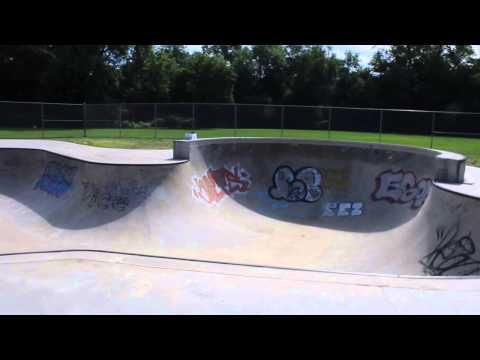 Northampton MA Skatepark roll-through