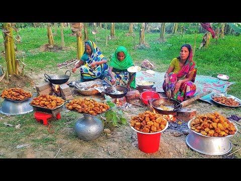 Yummy Cabbage Pakora Cooking   Cabbage Chop - Badhakopi Bora Recipe Prepared For Village Kids