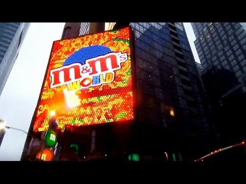 M&M's WORLD STORE Tour || Times Square, New York