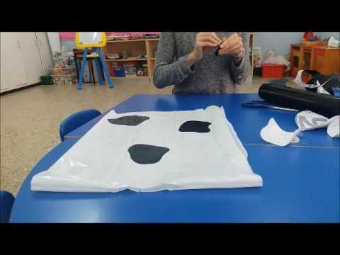 disfraz vaca a mano bolsa de basura