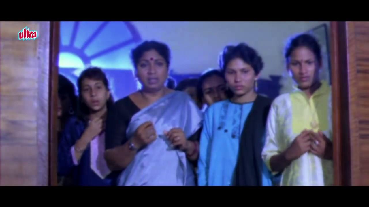 Kushboo Tamil Hot Good hot khushboo saved from snake   annamalai   tamil movie - part 8