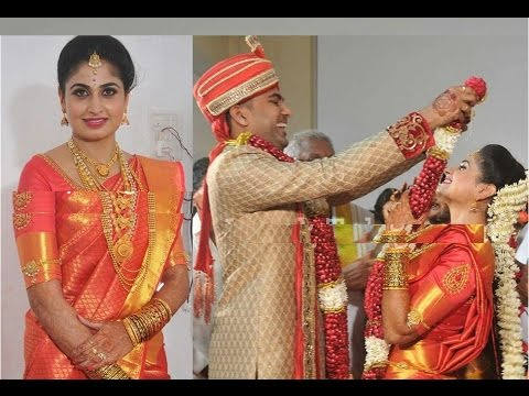 TV Serial Actress Ashta Chamma Chaitra Rai Engagement Exclusive Video