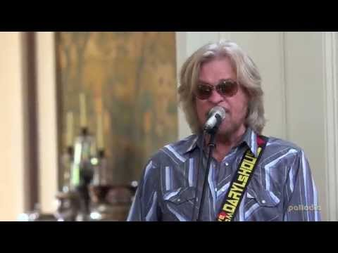 Daryl Hall with Darius Rucker - Do It For Love