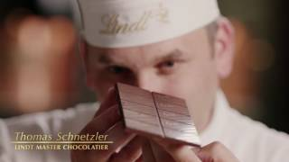 Roger Federer discovers the LINDT Difference - Part 5: Finishing with perfection