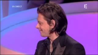 Benjamin Biolay reçoit 2 Victoires de la Musique 2010