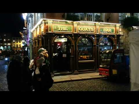 Dublin on a Saturday night 2017.  Nightlife, night out, pubs, bars, drinking