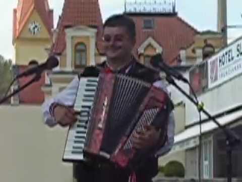 65201aa4c Skvelý harmonikár - Dušan Kozovský - YouTube