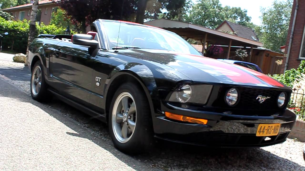 Cobra Kit Car >> Nice Black (Red-striped) Ford Mustang GT Convertible sounds - YouTube