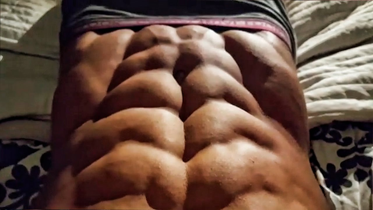 INSANE ABS ! Can`t believe it`s real! // A 10 pack OMG ...