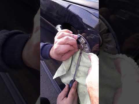 BMW X5 как открыть дверь без ключа...