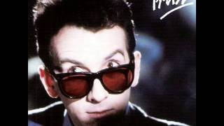 Elvis Costello And The Attractions - Different Finger (1981) [+Lyrics]