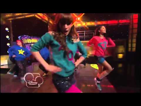 Zendaya & Bella Thorne - swag it out