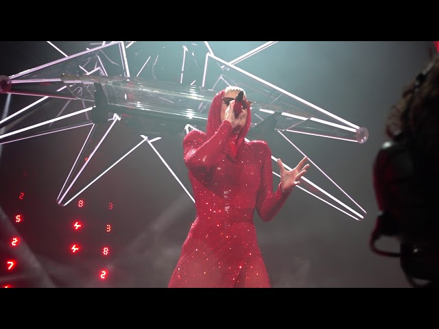 Katy Perry - Witness & Roulette: Witness: The Tour Opening Night in Montreal (09/19/2017)
