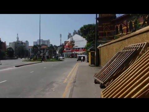 Christmas Day walk through Colombo, Sri Lanka