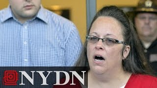 Kim Davis Says Won't Interfere With Gay Marriage Licenses