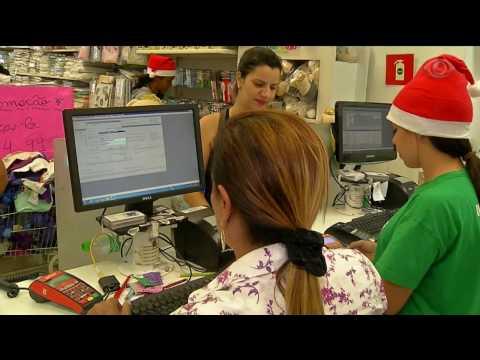 Clonagem de cartão de crédito aumenta no final de ano
