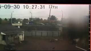 Тверь семёрка вылетела с моста 30.09.2016