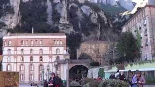 Montserrat. Испания, монастырь Монсеррат. Черная Мадонна.(Действующий монастырь Монсеррат и фантастическая горная гряда. Поклонение Чёрной Мадонне., 2015-03-28T06:26:30.000Z)