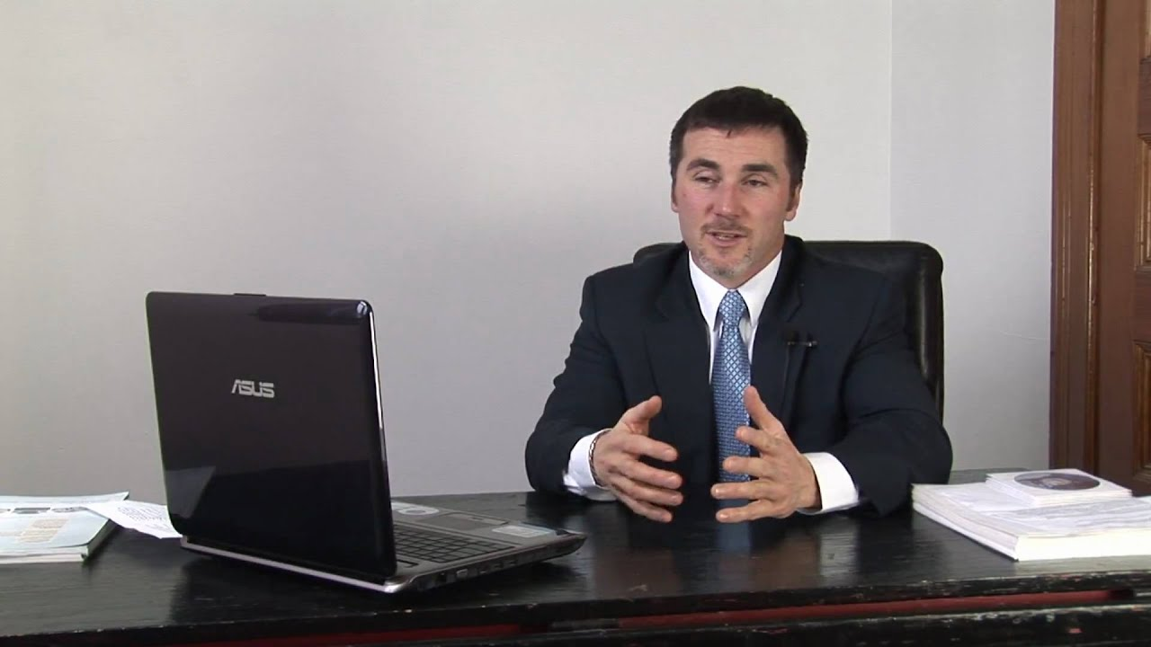 Financial Planning : What Is a Personal Banker? - YouTube