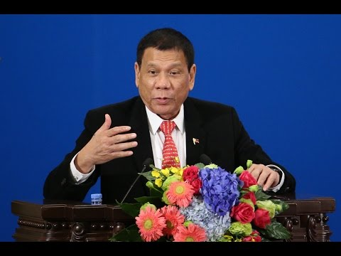 Philippines president allies with China
