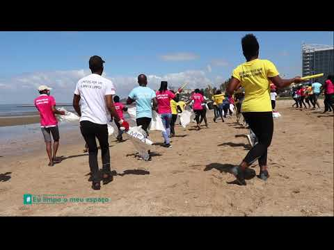 Jerusalema performance by environmental activists in Mozambique (World Cleanup Day 2020)