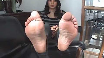 Latinas feet