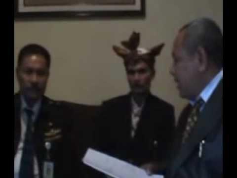 KONFRENSI PERS DI BANK INDONESIA _0001.3gp