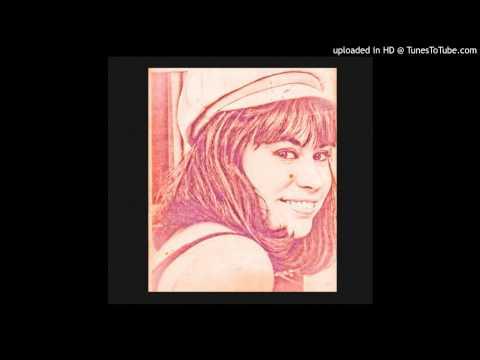 Astrud Gilberto - Come Softly To Me