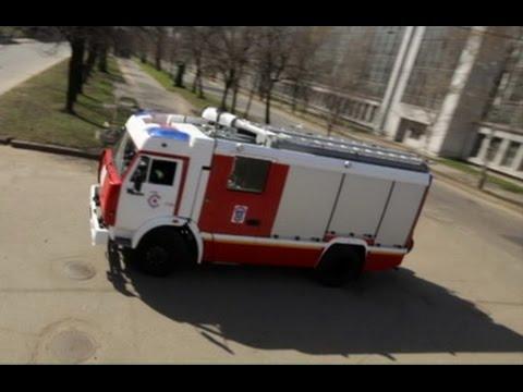 Русский пожарный автомобиль с насосом Rosenbauer