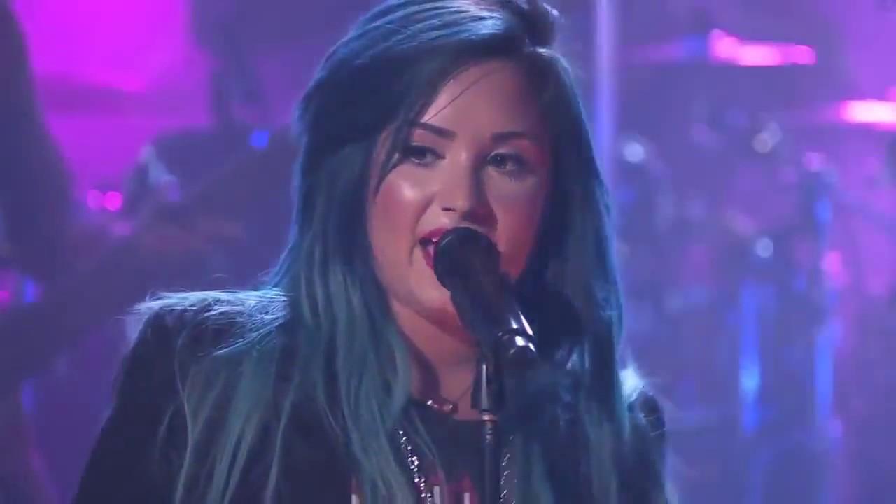 Download Demi Lovato - The Live Experience -  HD 720p