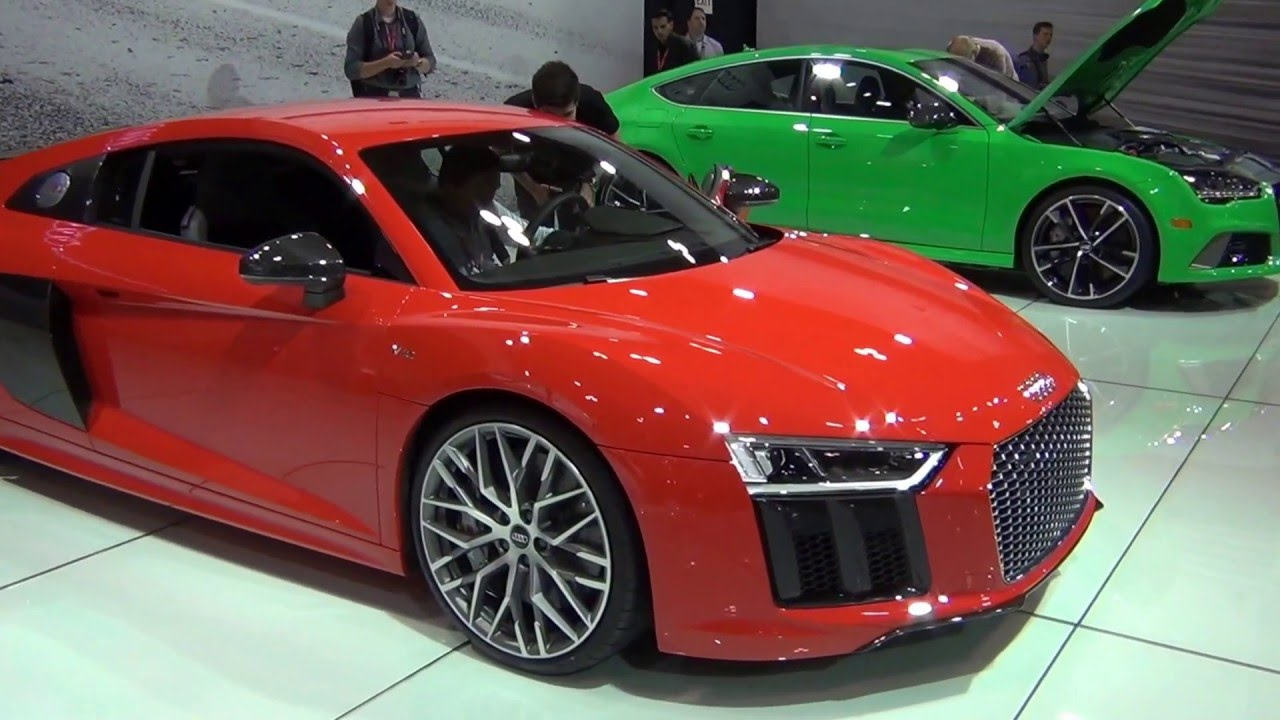 2017 audi r8 v10 plus coupe dynamite red 2016 canadian international autoshow youtube. Black Bedroom Furniture Sets. Home Design Ideas