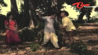 Rajababu Fun With His Lover - Telugu Comedy Scene - NavvulaTV