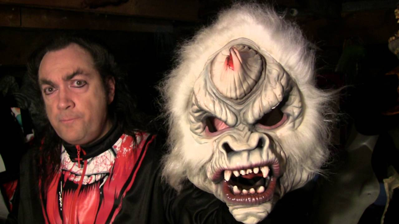 17924a842942 Mask Fan Attic: Evil Unicorn - YouTube