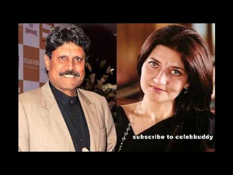 Indian cricketer Kapil dev with family !!!