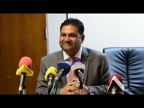 Après son retrait, Yerrigadoo «convaincu» de retrouver son poste d'Attorney General