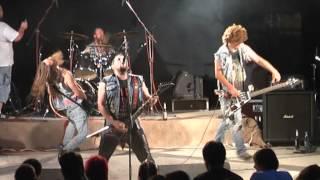 Malignant Tumour - Live @ UzhGoreRot 2010 [Full show]