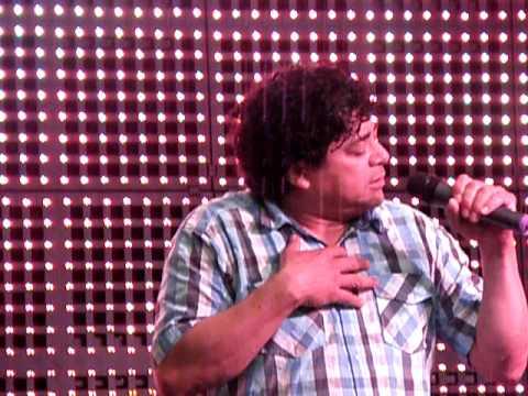 Octavio Irias - Julio Iglesias, karaoke, 27.06.2010, OC Optima, Ke