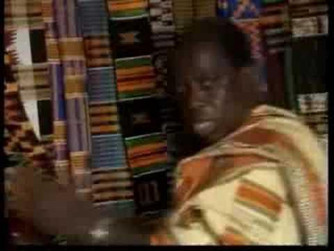 What do Kente designs mean? - Textiles in Ghana (6/16)