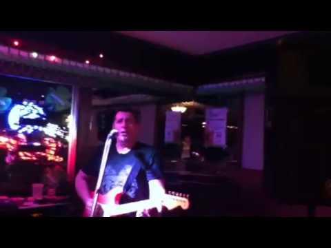 Brian McLaughlin/Solo Musician