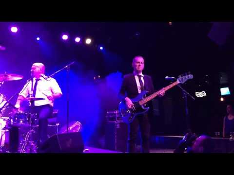 Tortured Soul - Fall In Love - Live at Brooklyn Bowl London 16/01/2016